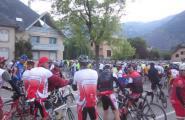 Caleros als Alps francesos fent la prova ciclista \'La Marmotte\'