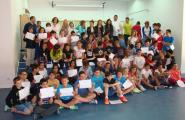 70 Alumnes de 6è de l'Escola Sant Jordi fan un taller de peix