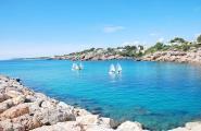 Premià, Cambrils i Vilassar conformen el podi del Campionat de Catalunya per Equips d'Optimist a Port Calafat