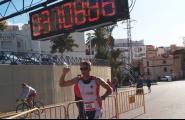 Un centenar d'atletes corren la cursa de 10Q La Cala