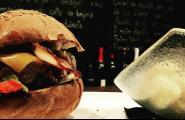 2 restaurants de l'Ametlla de Mar se sumen a la campanya 'Restaurants contra la fam', una iniciativa que alimenta la solidaritat