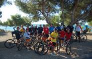 25 ciclistes prenen part de la pedada contra el canvi climàtic organitzada per l'Àrea Municipal d'Esports i la Cala Bikers