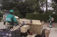 L'Ajuntament de l'Ametlla de Mar destina un equip de la brigada a la neteja de les urbanitzacions