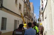 L'Ajuntament de L'Ametlla de Mar i els propietaris de l'edifici on s'ha esfondrat una teulada acorden desallotjar-lo