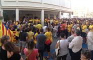 150 caleros es concentren davant de l'Ajuntament per donar el tret de sortida a la segona fase de l'Ara és l'hora