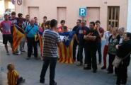 Una  trentena de caleros es manifesten a favor de la República