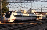Baixa el preu del bitllet de tren a Barcelona