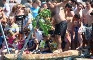 Revetlles, sardinades i actes tradicionals per celebrar Sant Pere Pescador