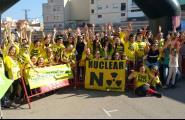 Desenes de 'zombis' corren per simbolitzar que les nuclears són «morts vivents» en una cursa a l'Ametlla de Mar