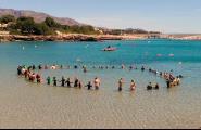 L'Ametlla de Mar va intentar batre el rècord de més gent fent snorkel alhora