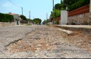 Obres i Serveis ha iniciat actuacions per millorar el ferm en les urbanitzacions i camins rurals