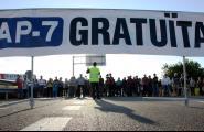 El subdelegat del govern espanyol a Tarragona reitera als veïns que no es renovarà la concessió de l'AP-7