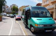 Torna la línia d'autobús que connecta el municipi amb les urbanitzacions durant tot l'estiu