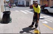 L'Ajuntament ha contractat 10 persones per a reforçar la neteja durant l'estiu