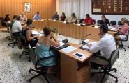 El ple aprova per unanimitat revisar l'últim contracte amb Aqualia