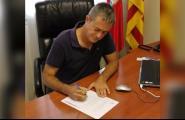 L'alcalde signa el decret de suport a la Llei del Referèndum d'Autodeterminació